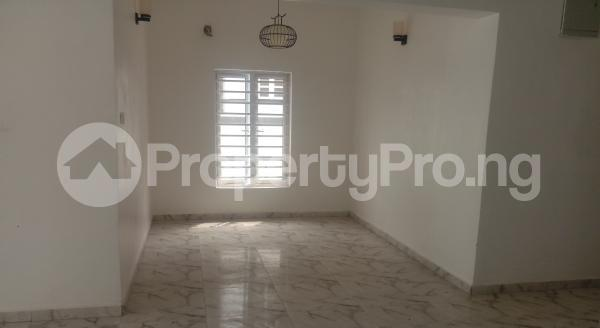 4 bedroom Semi Detached Duplex House for sale White Oak Estate,  Ologolo Lekki Lagos - 5