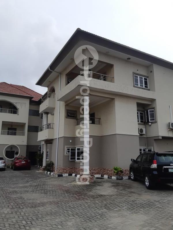3 bedroom Blocks of Flats House for rent Off palace road ONIRU Victoria Island Lagos - 0