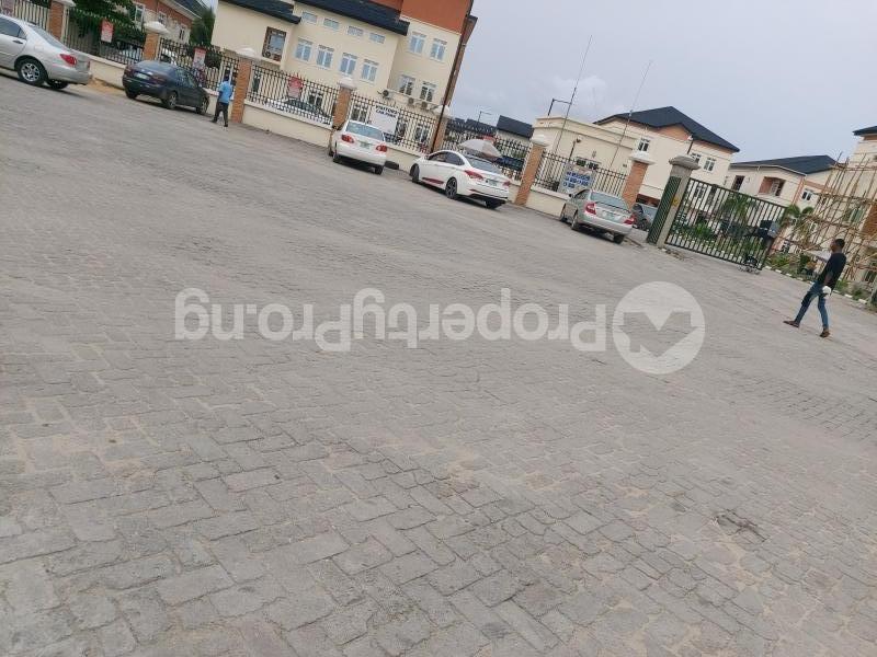 4 bedroom Semi Detached Duplex House for sale off Chevron drive  Lekki Phase 1 Lekki Lagos - 1
