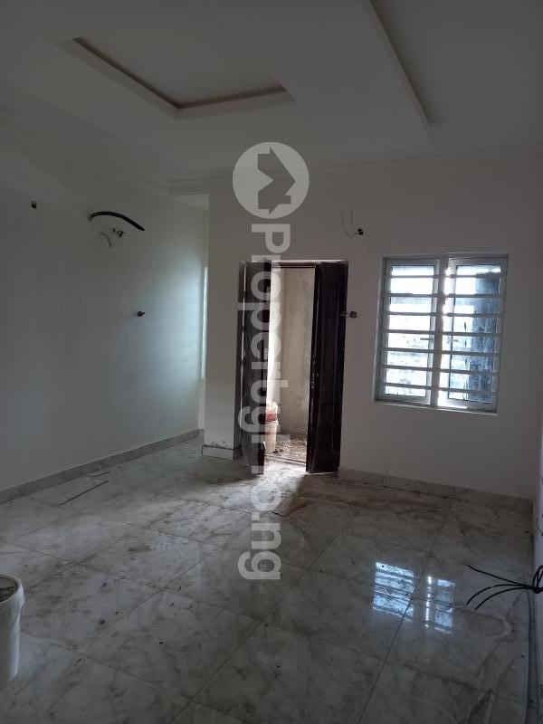 2 bedroom Flat / Apartment for rent off isaac john street  Jibowu Yaba Lagos - 5
