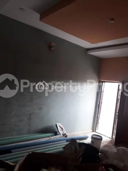 1 bedroom Mini flat for rent At Olive Estate, Ago Palace Isolo Lagos - 4
