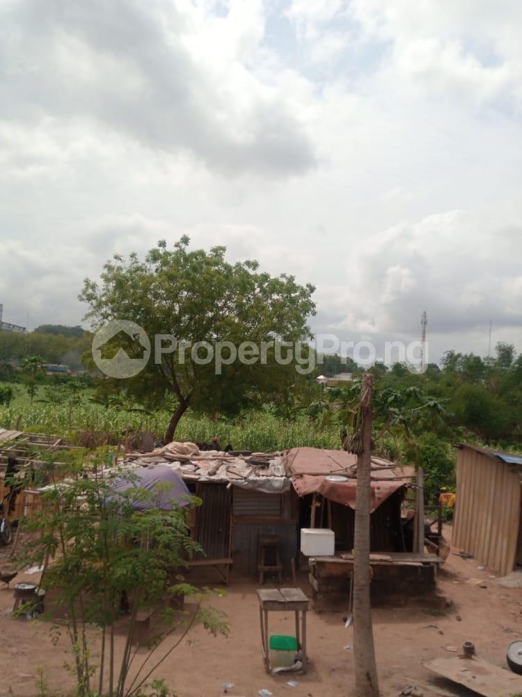 Industrial Land Land for sale Near Toll Gate, Lagos/ibadan Expressway Ibadan Oyo - 3