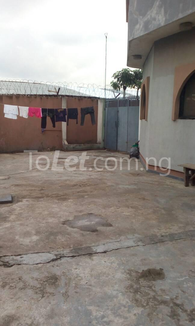 10 bedroom House for sale BUARI STREET Ogudu Ogudu Lagos - 2
