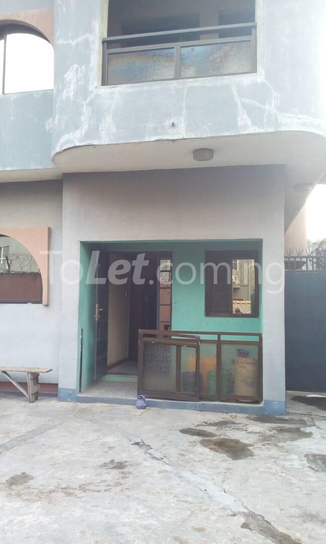 10 bedroom House for sale BUARI STREET Ogudu Ogudu Lagos - 0