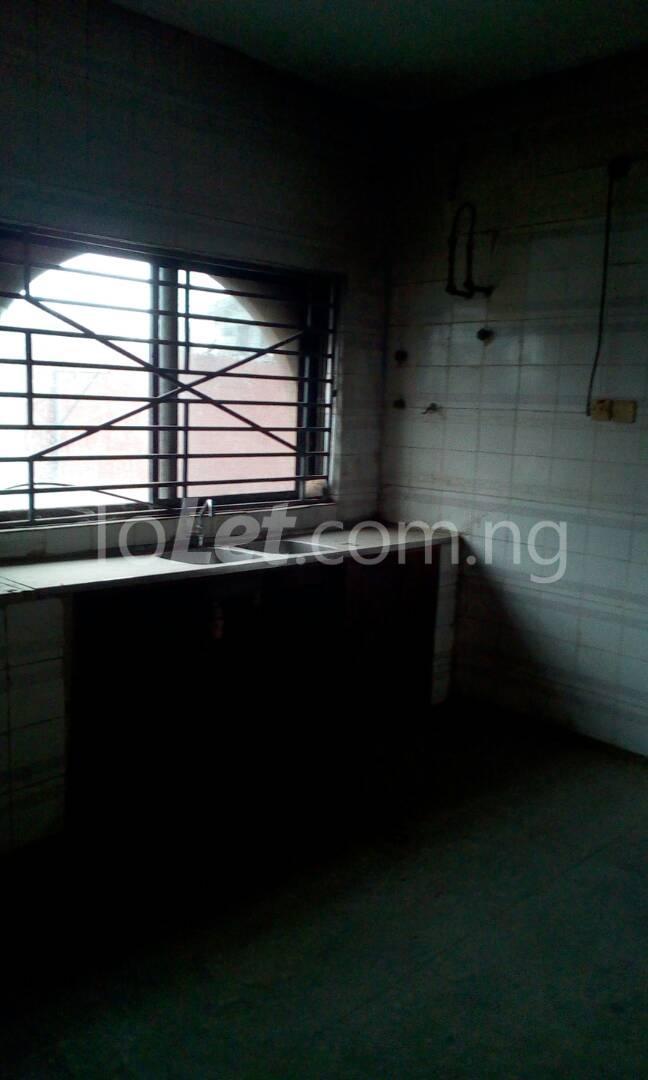 10 bedroom House for sale BUARI STREET Ogudu Ogudu Lagos - 4