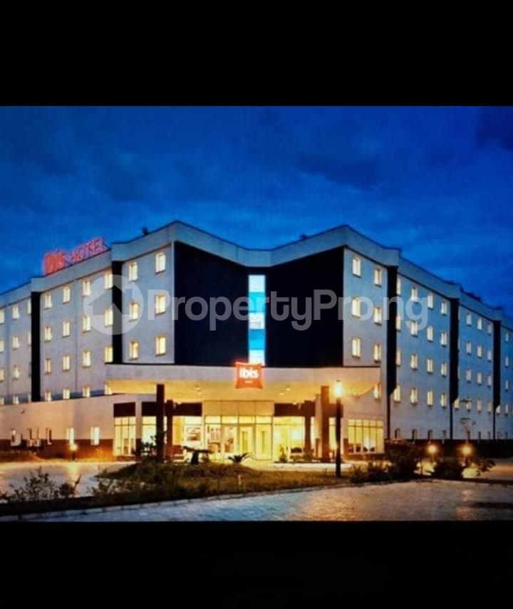 10 bedroom Hotel/Guest House Commercial Property for sale Murtala Muhammed Airport road, Ajao Estate, Oshodi Isolo Lagos Airport Road Oshodi Lagos - 1