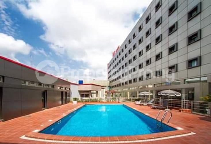 10 bedroom Hotel/Guest House Commercial Property for sale Murtala Muhammed Airport road, Ajao Estate, Oshodi Isolo Lagos Airport Road Oshodi Lagos - 3