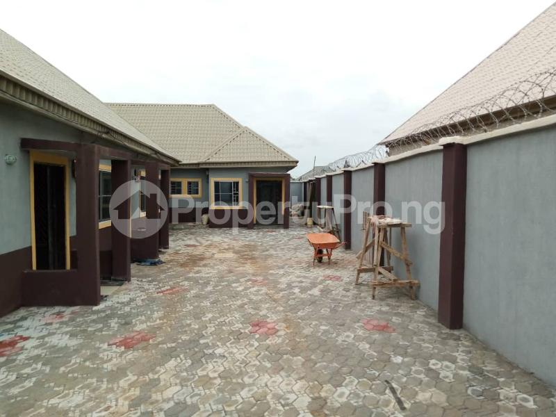 1 bedroom Mini flat for rent Close To Military Resettlement Layout Adjacent Yakowa Road Chikun Kaduna - 5