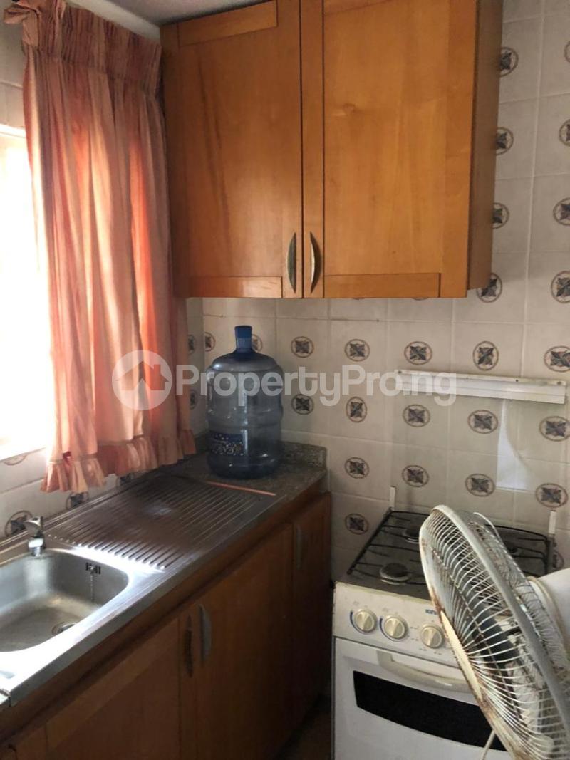 1 bedroom mini flat  Mini flat Flat / Apartment for rent Directly behind petrocamp filling station Goshen estate.  Lekki Phase 1 Lekki Lagos - 9