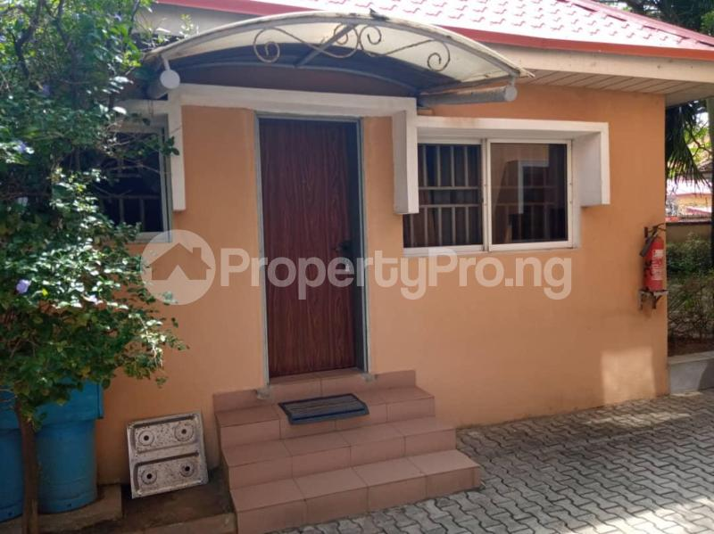 1 bedroom mini flat  Mini flat Flat / Apartment for rent Directly behind petrocamp filling station Goshen estate.  Lekki Phase 1 Lekki Lagos - 1