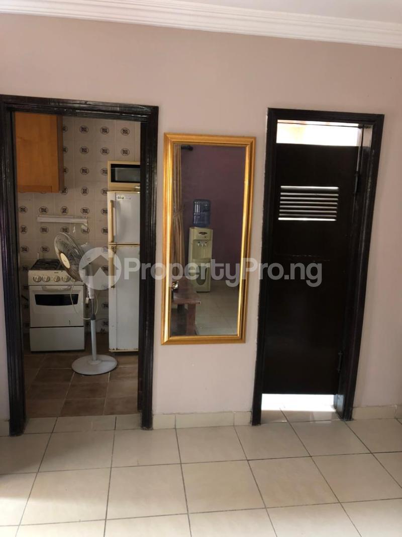 1 bedroom mini flat  Mini flat Flat / Apartment for rent Directly behind petrocamp filling station Goshen estate.  Lekki Phase 1 Lekki Lagos - 8