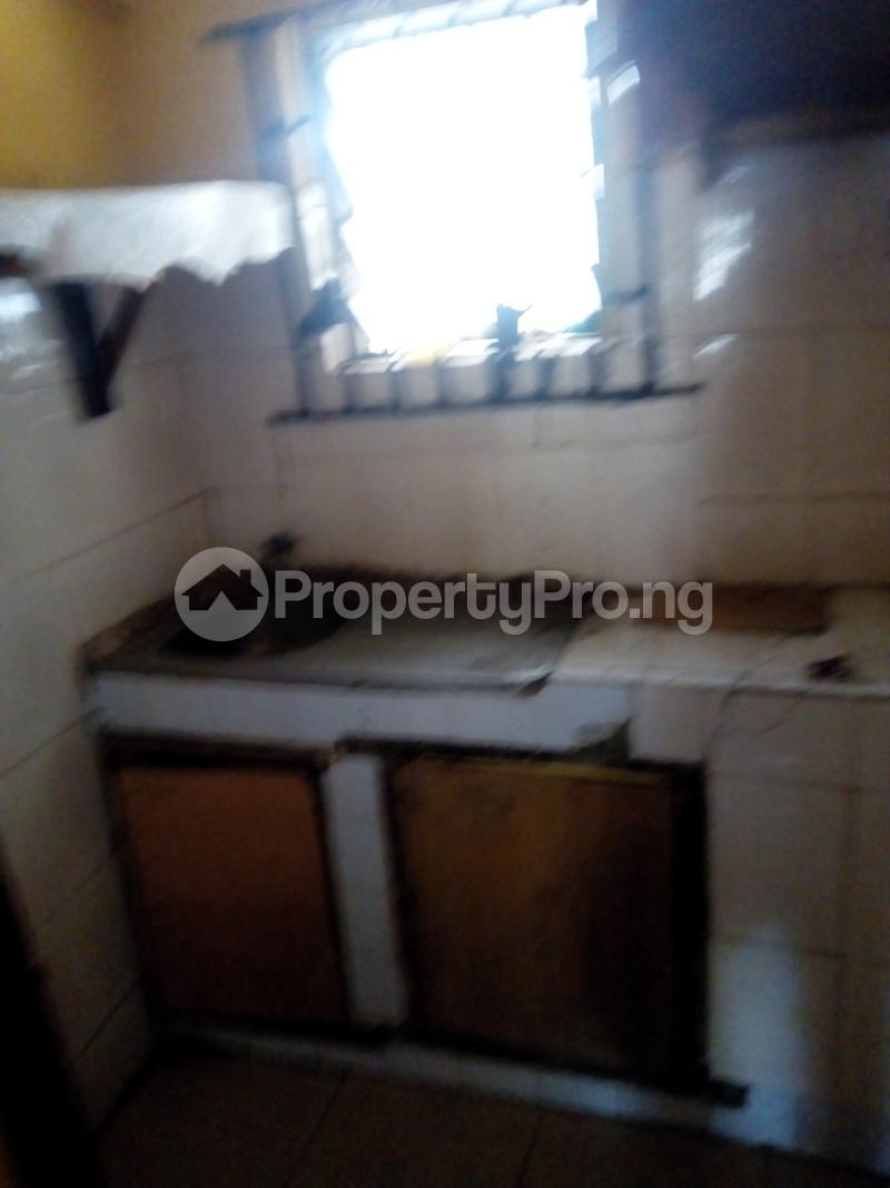 2 bedroom Flat / Apartment for rent Ogunmekun street by moshakashi bus Bariga Shomolu Lagos - 3