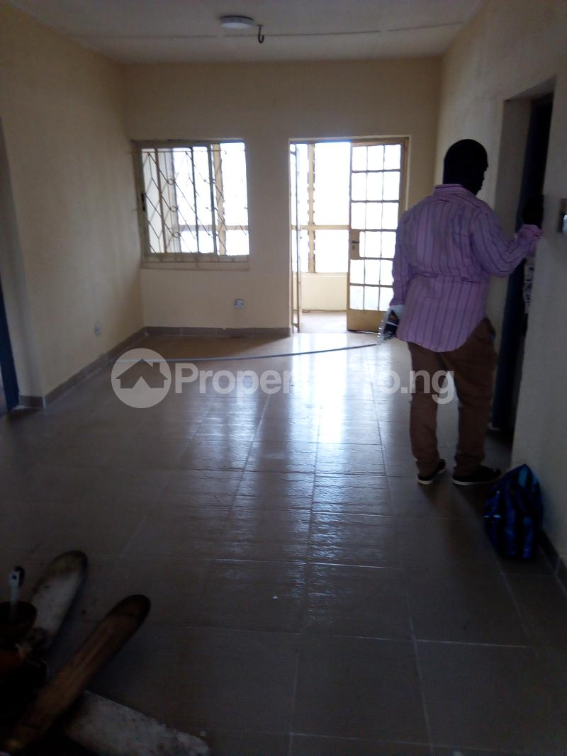 2 bedroom Blocks of Flats House for rent Off bolaji omupo street Palmgroove Shomolu Lagos - 3