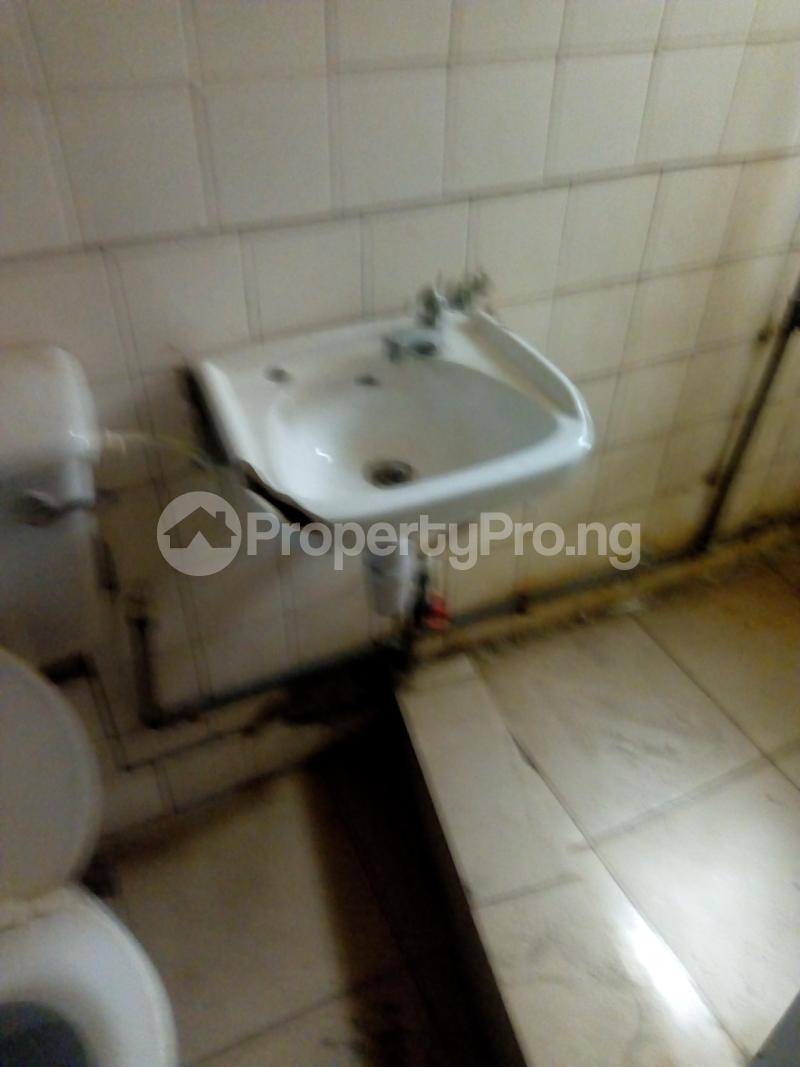 2 bedroom Flat / Apartment for rent Ogunmekun street by moshakashi bus Bariga Shomolu Lagos - 4