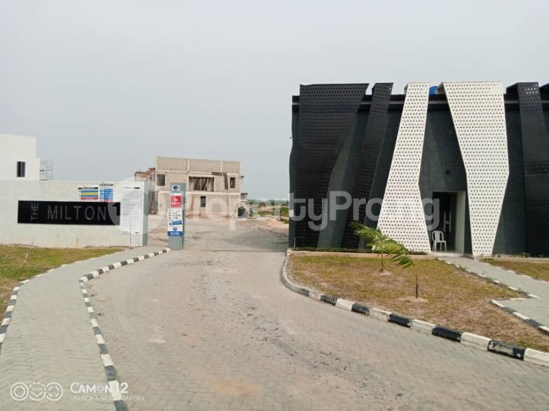 2 bedroom Flat / Apartment for sale The Milton Estate Awoyaya By Landwey Ibeju-Lekki Lagos - 4