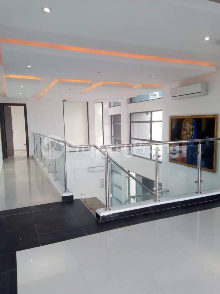 2 bedroom Flat / Apartment for rent - Banana Island Ikoyi Lagos - 1