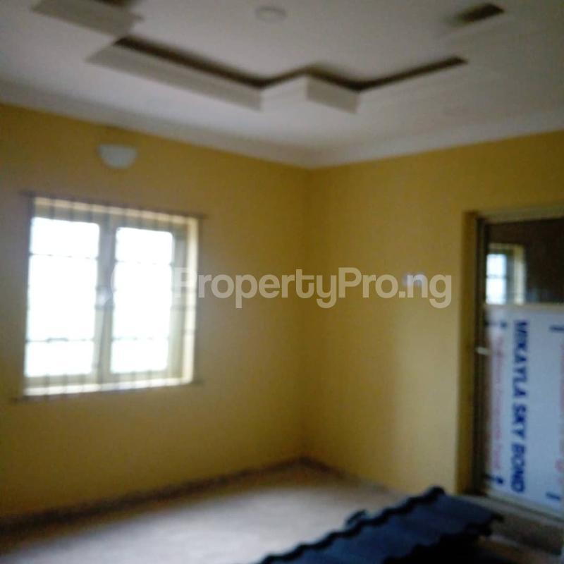 2 bedroom House for rent Banana Layout Estate Bucknor/isheri Bridge. Bucknor Isolo Lagos - 17