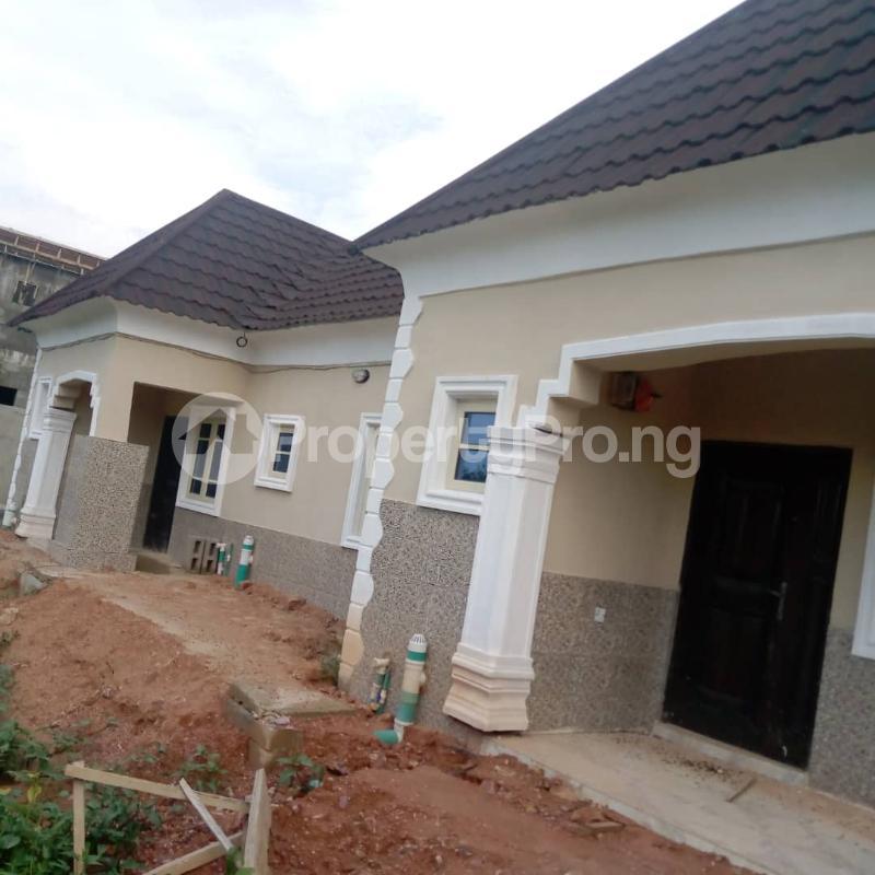 2 bedroom House for rent Banana Layout Estate Bucknor/isheri Bridge. Bucknor Isolo Lagos - 0