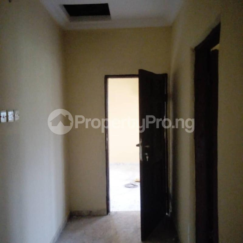 2 bedroom House for rent Banana Layout Estate Bucknor/isheri Bridge. Bucknor Isolo Lagos - 10