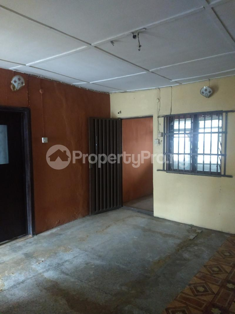 2 bedroom Flat / Apartment for rent Akiode off Ishola bello Ojodu Lagos - 2