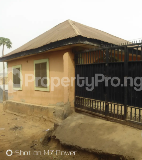 2 bedroom Detached Bungalow House for sale After a small market at Aso road Karu Nassarawa - 0