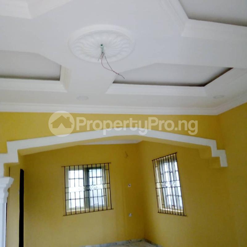 2 bedroom House for rent Banana Layout Estate Bucknor/isheri Bridge. Bucknor Isolo Lagos - 3