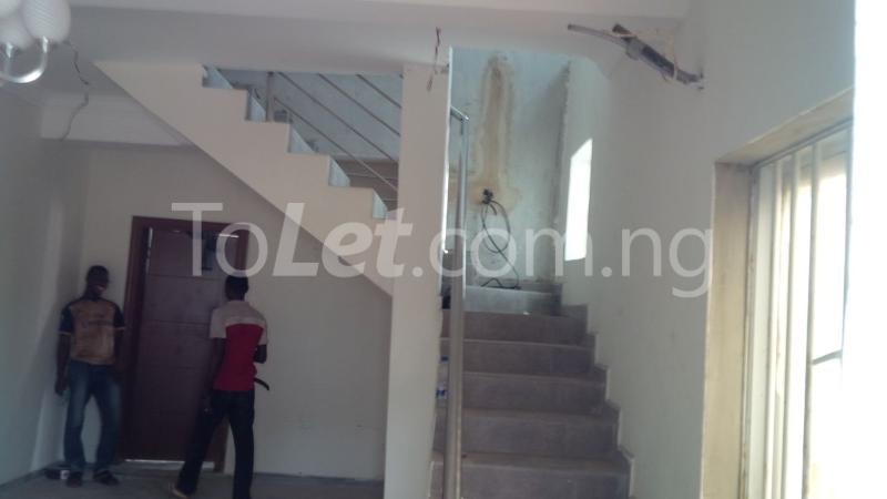 2 bedroom House for rent Adegoke Adelabu Surulere Lagos - 3