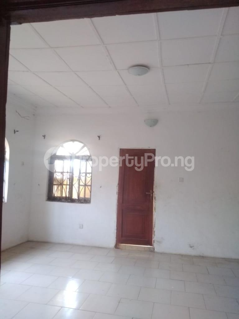 2 bedroom Blocks of Flats House for rent Iyaganku Quarters Iyanganku Ibadan Oyo - 5