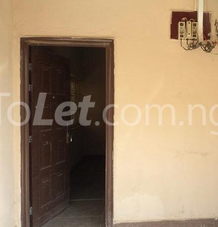 2 Bedroom Flat Apartment For Rent Lugbe Lugbe Sub Urban District Abuja Realtors In Nigeria