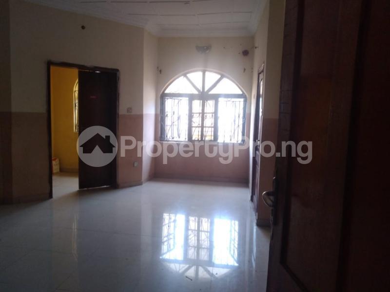 2 bedroom Blocks of Flats House for rent Iyaganku Quarters Iyanganku Ibadan Oyo - 4