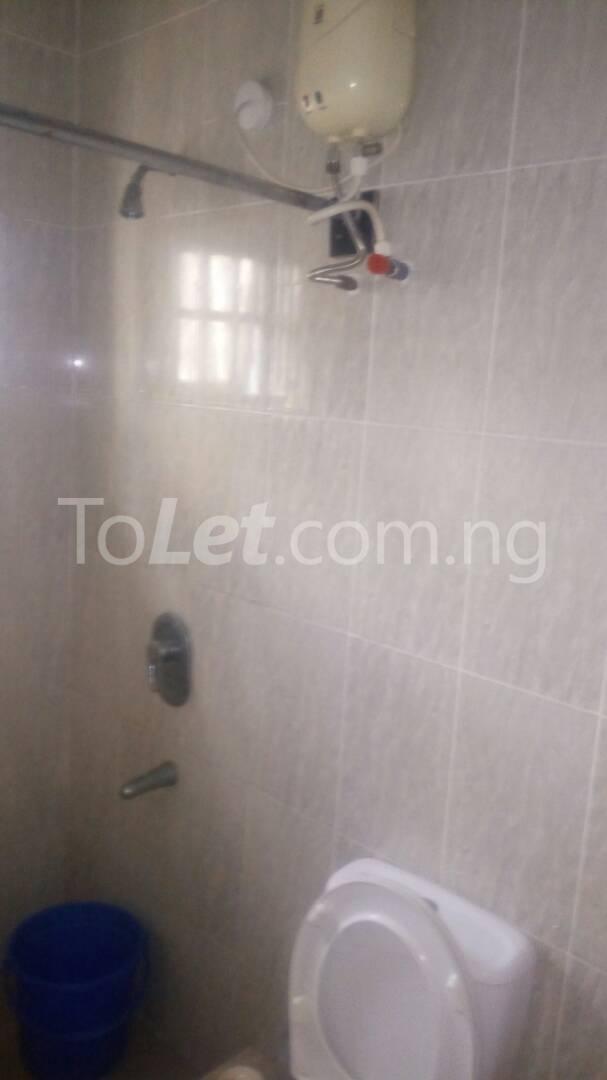 2 bedroom Flat / Apartment for rent - Randle Avenue Surulere Lagos - 22