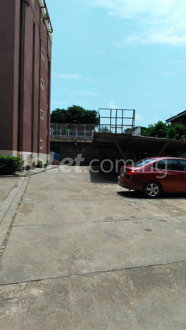 2 bedroom Flat / Apartment for rent 1A ROBSON CLOSE,SIMISOLA ESTATE Apapa road Apapa Lagos - 2