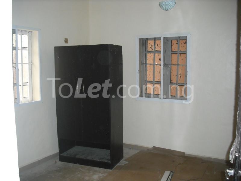 2 bedroom Flat / Apartment for rent Chief Rotimi Williams Estate Bola Ahmed Tinubu Road Off Iju Road ( K Farm Estate ) Ojokoro Abule Egba Lagos - 2