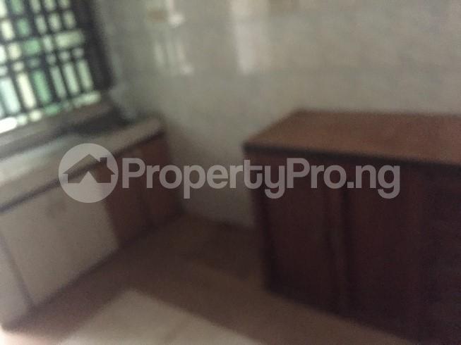 2 bedroom Flat / Apartment for rent raji oladimeji Magodo GRA Phase 2 Kosofe/Ikosi Lagos - 9