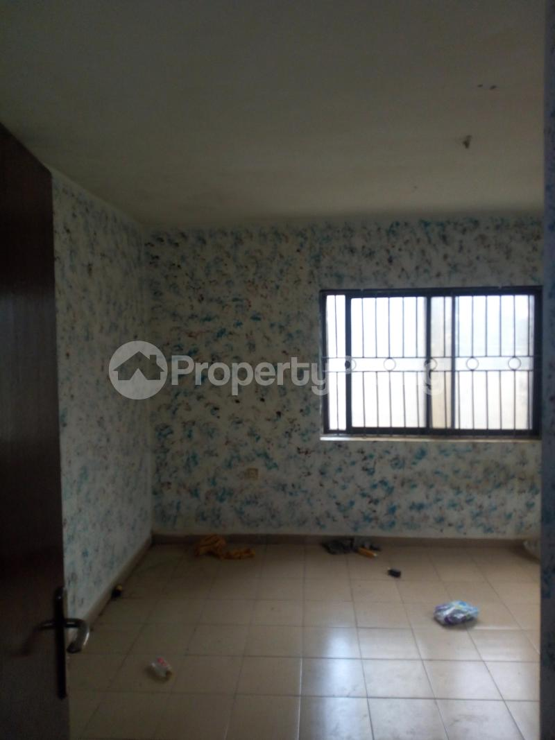 2 bedroom Blocks of Flats House for rent Molade Iwo Rd Ibadan Oyo - 2