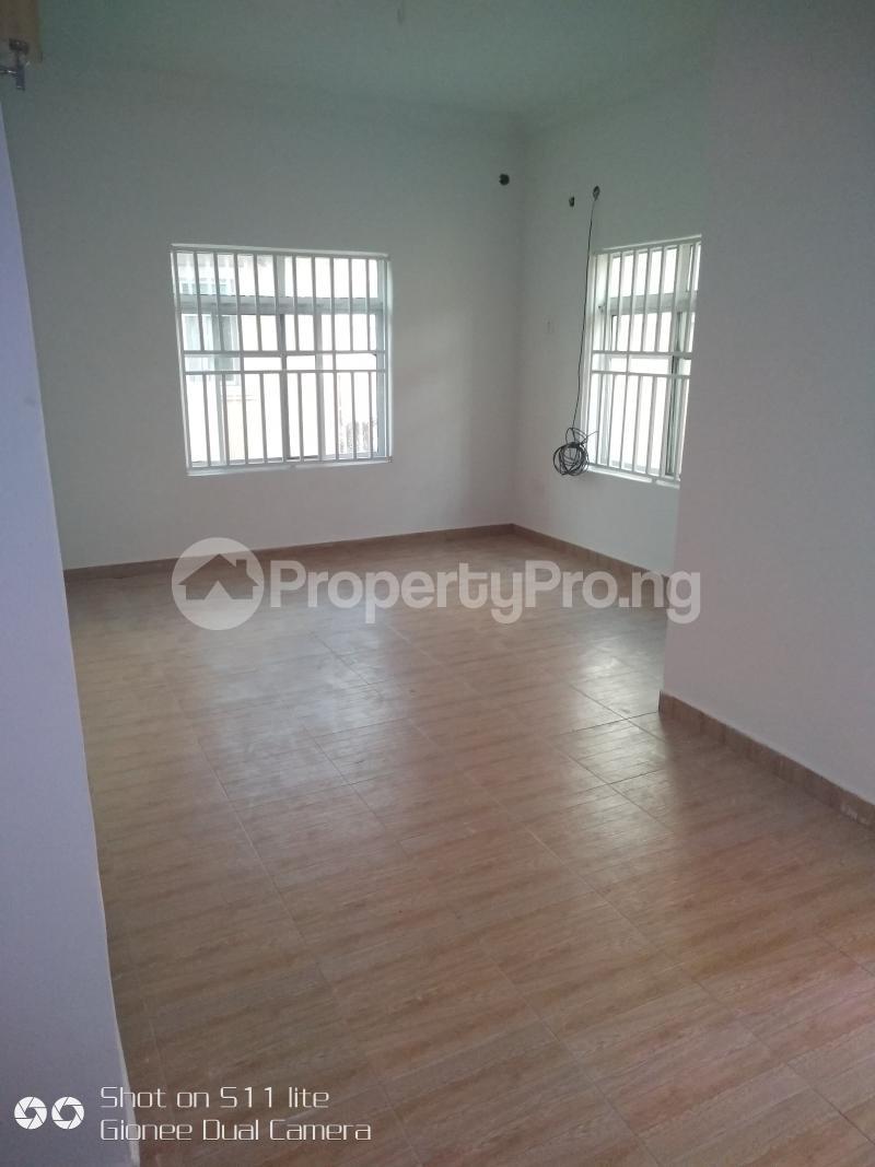 2 bedroom Penthouse Flat / Apartment for rent Goshen estate road Elf bus stop Lekki Phase 1 Lekki Lagos - 4