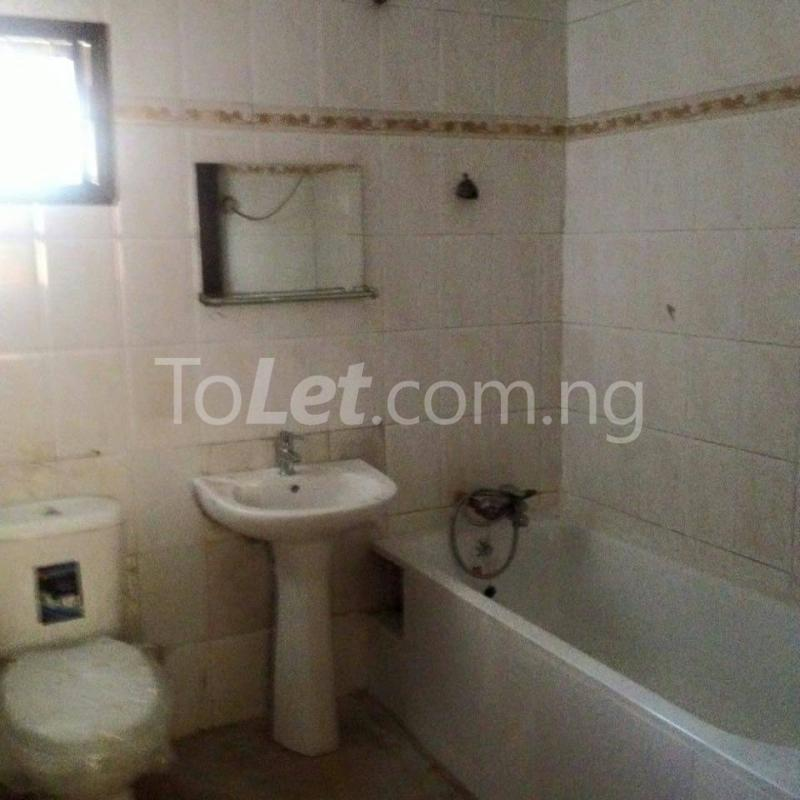 2 bedroom Flat / Apartment for rent off Bode Thomas Bode Thomas Surulere Lagos - 9