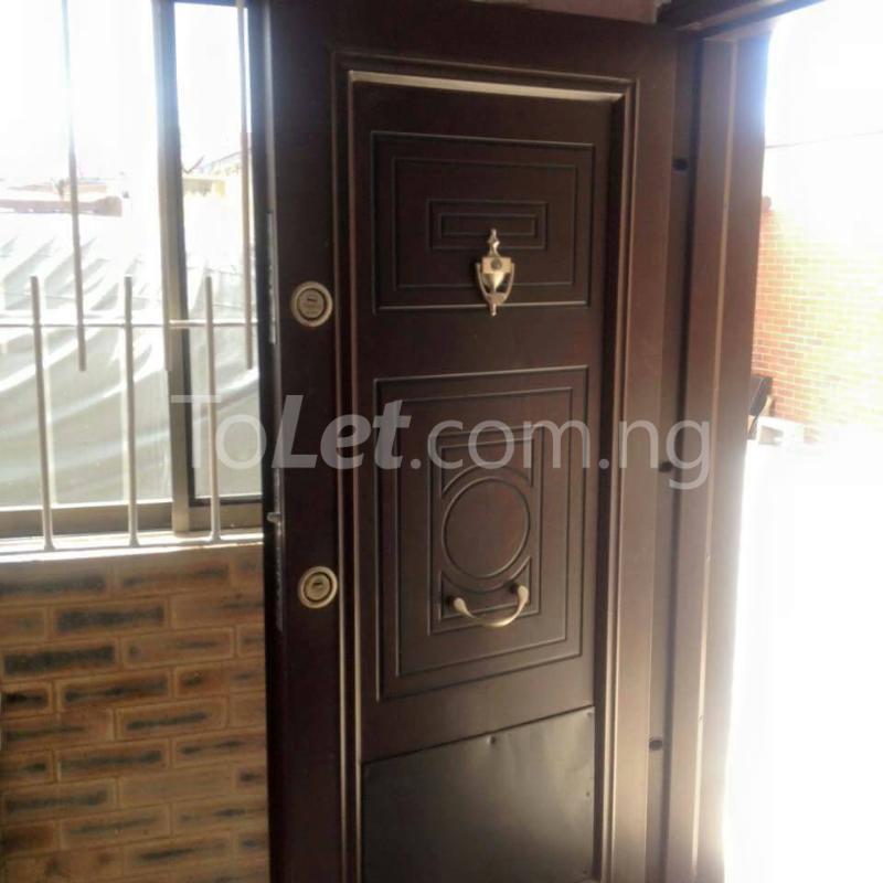 2 bedroom Flat / Apartment for rent off Bode Thomas Bode Thomas Surulere Lagos - 4