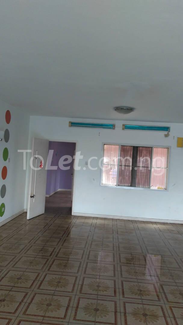 2 bedroom Flat / Apartment for rent 1A ROBSON CLOSE,SIMISOLA ESTATE Apapa road Apapa Lagos - 1