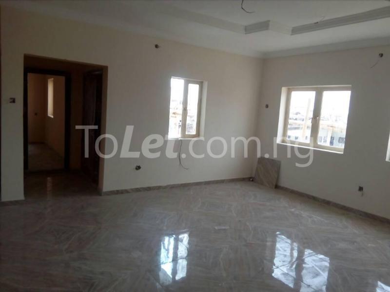 2 bedroom Flat / Apartment for rent Bode Thomas Road Lagos - 3