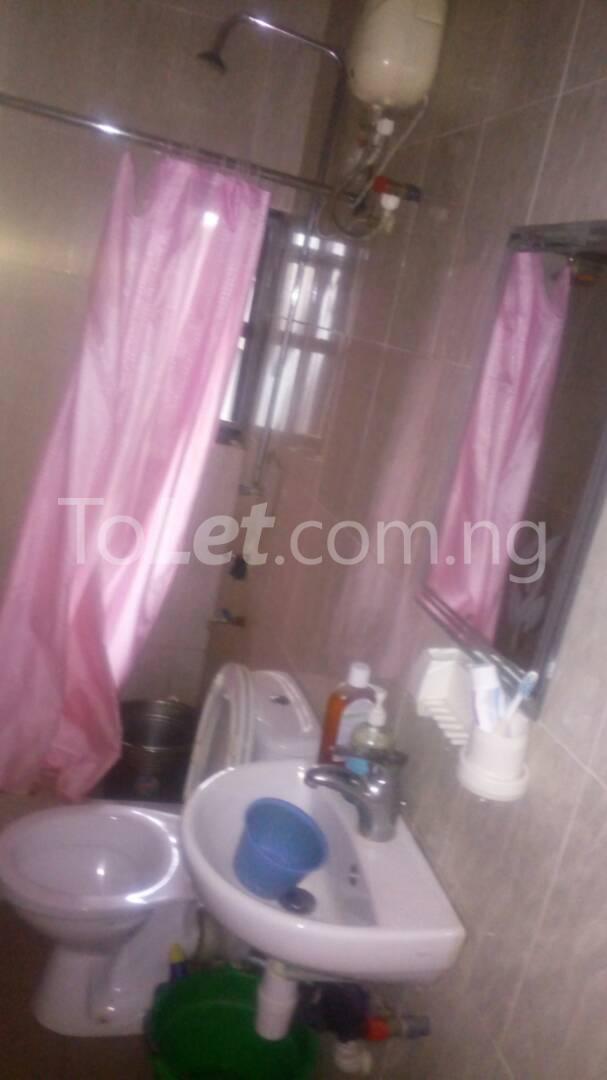 2 bedroom Flat / Apartment for rent - Randle Avenue Surulere Lagos - 21