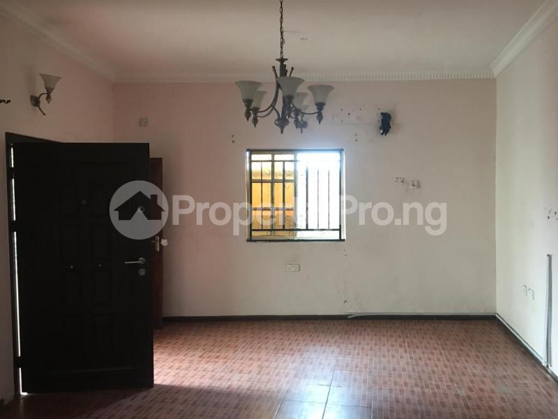 2 bedroom Flat / Apartment for rent Off ogunlana drive falolu street Ogunlana Surulere Lagos - 0