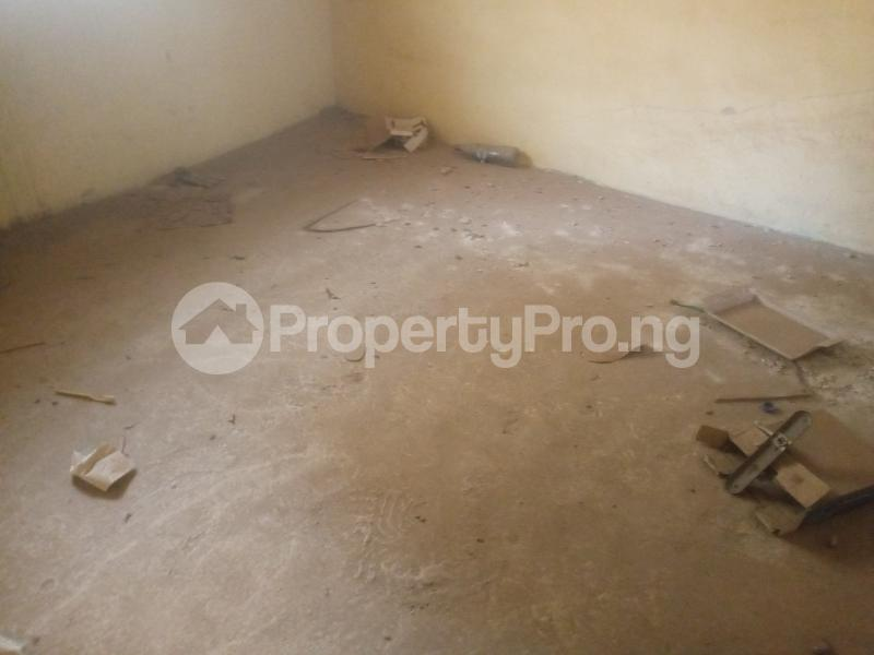 2 bedroom Flat / Apartment for sale Jakande Estate Ipaja road Ipaja Lagos - 4