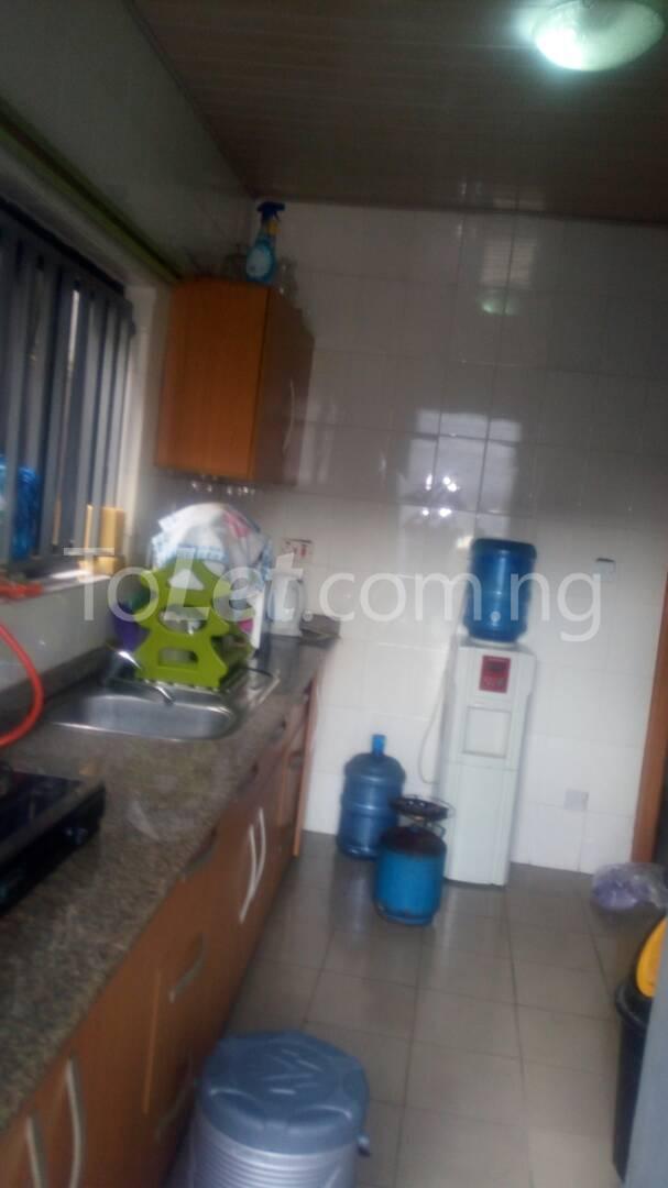2 bedroom Flat / Apartment for rent - Randle Avenue Surulere Lagos - 8