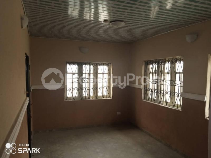 2 bedroom Flat / Apartment for rent Oyawe ,ologuneru Ibadan Oyo - 8