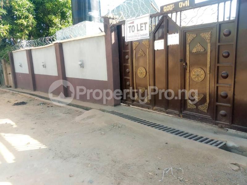 2 bedroom Blocks of Flats for rent Mahuta Extension,kaduna Chikun Kaduna - 0