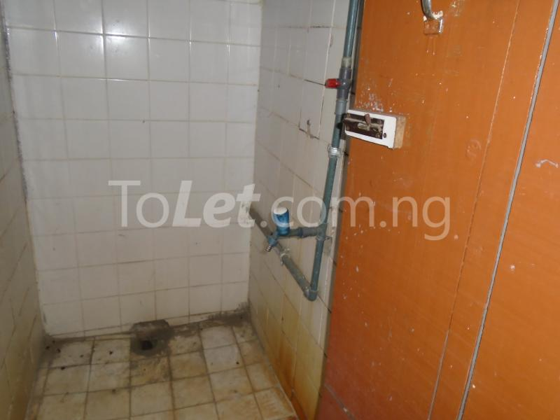 2 bedroom Flat / Apartment for rent - Toyin street Ikeja Lagos - 4
