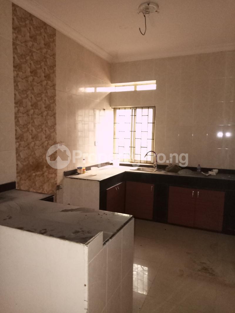 2 bedroom Flat / Apartment for rent Common wealth Palm groove estate Bye pass Ilupeju Ilupeju Lagos - 3