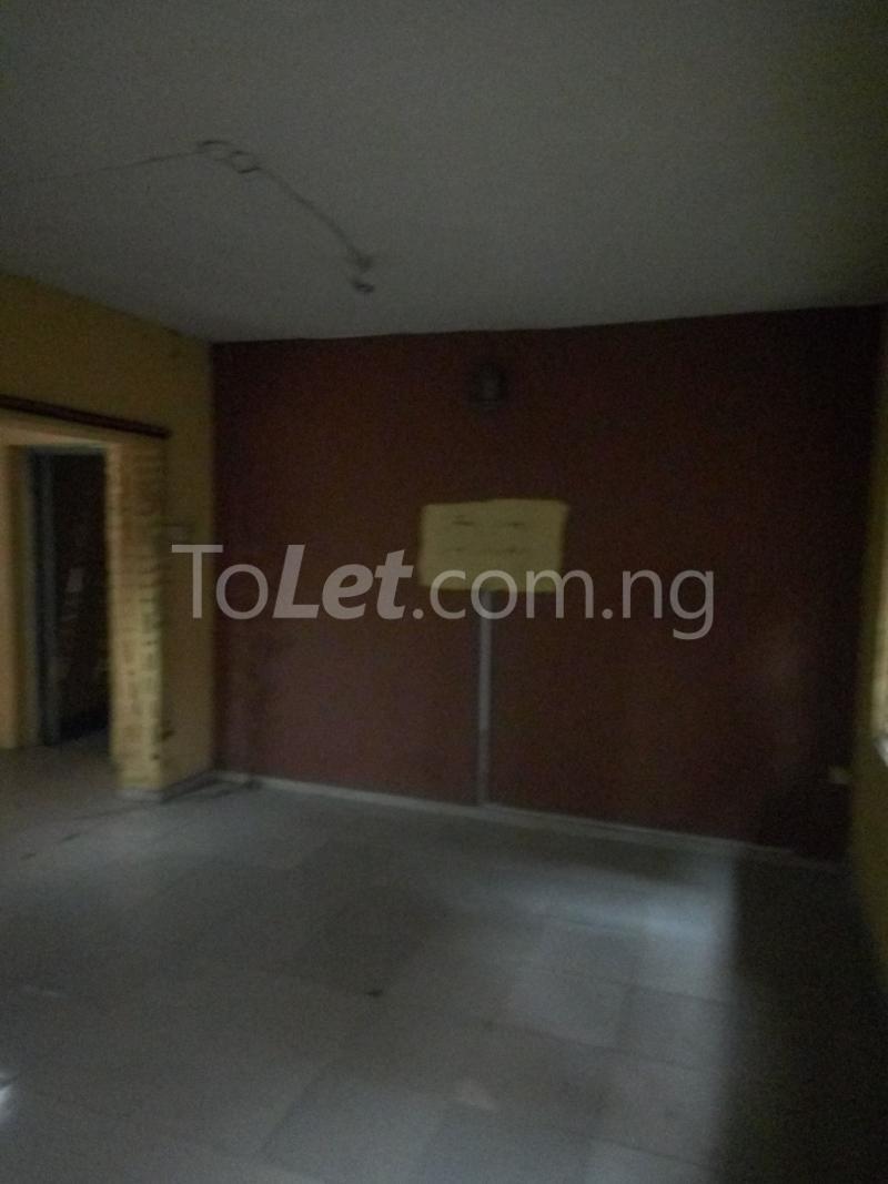 2 bedroom Flat / Apartment for rent Bawala Palmgroove Shomolu Lagos - 3