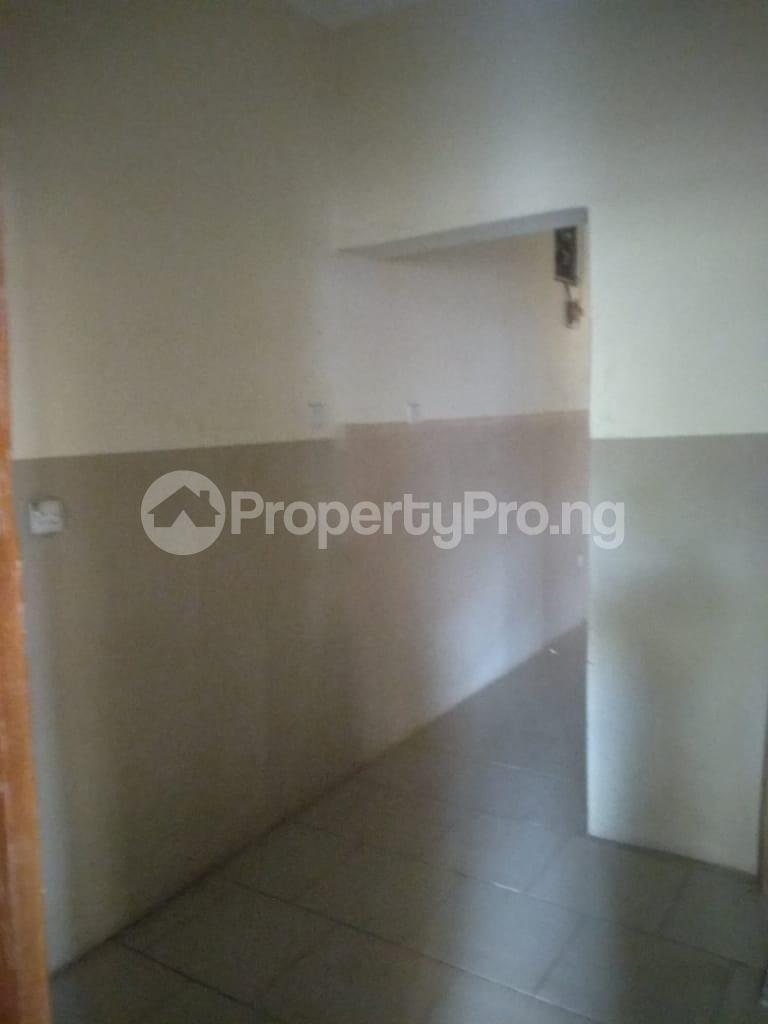 2 bedroom Blocks of Flats House for rent Iyaganku Quarters Iyanganku Ibadan Oyo - 11